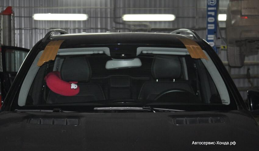 Замена стекол, оперативная вклейка новых лобовых стекол в автомобили Хонда