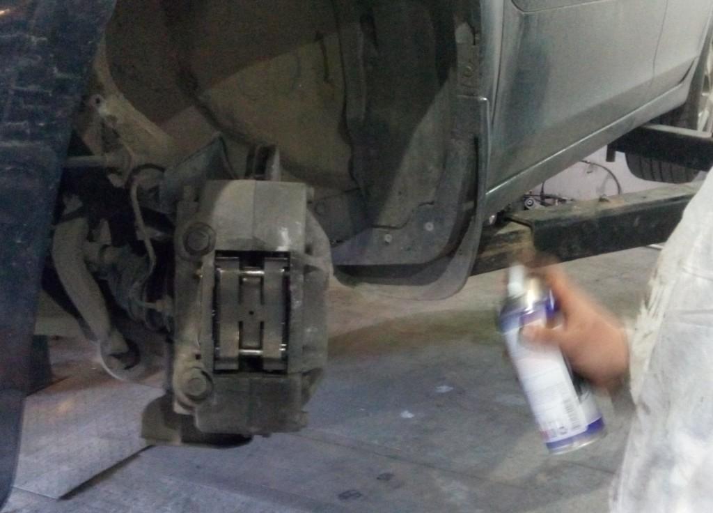 Замена тормозных колодок Хонда