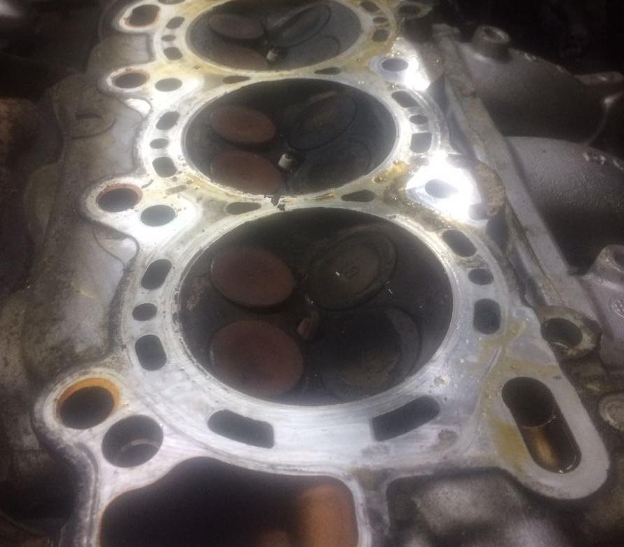 Повреждения двигателя после обрыва ГРМ Хонда