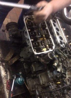 Ремонт двигателя Хонда из-за обрыва ремня ГРМ