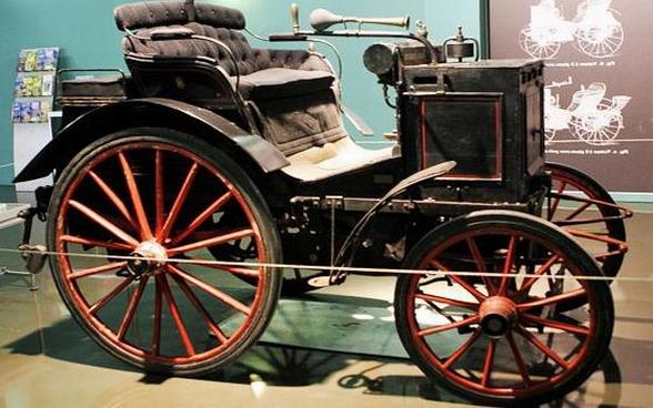 Подобный транспорт был первым ввезенным в Японию автомобилем