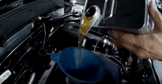 Замена масла в двигателе Хонда СРВ