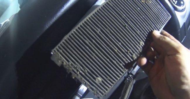 Замена салонного фильтра Хонда