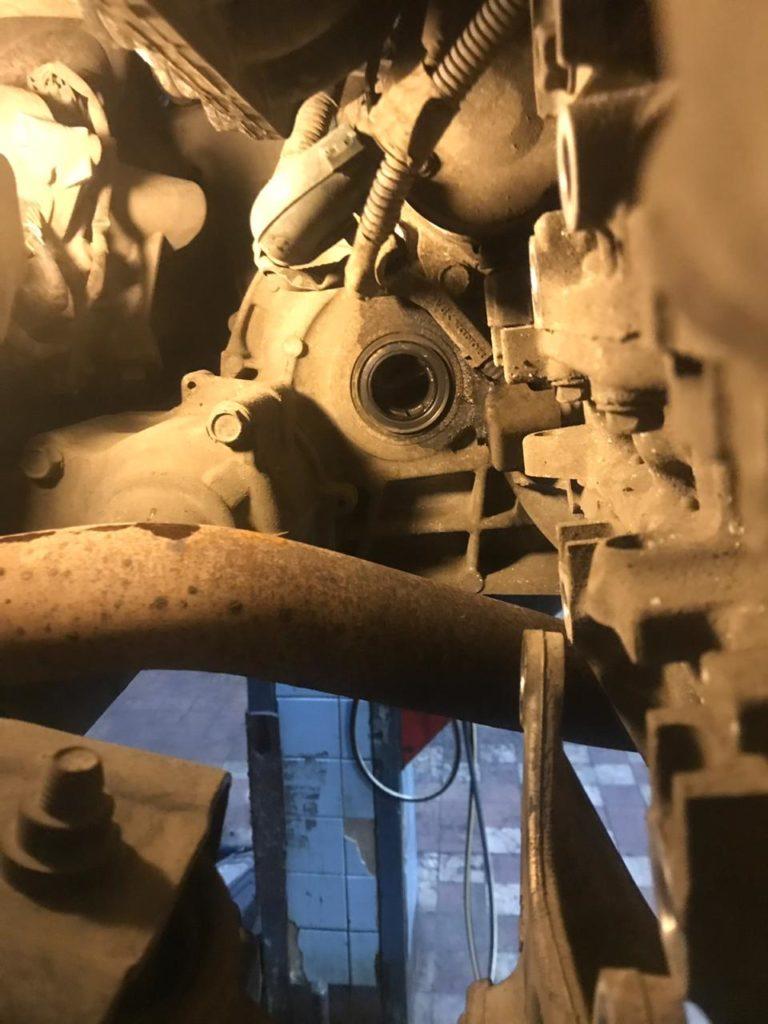 Замена сальника привода на акпп Хонда СРВ 4